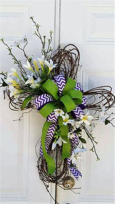 Grapevine Cross - Grapevine Easter Cross - Memorial Cross - Easter Door Decor -Spring Door Decor - Housewarming Gift - Mother's Day Gift by StudioWhimsybyBabs on Etsy Cemetery Decorations, Cross Wreath, Memorial Flowers, Easter Season, Easter Cross, Spring Door, Summer Wreath, Spring Wreaths, Easter Wreaths