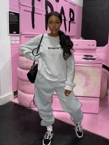 Tomboy Fashion, Teen Fashion Outfits, Retro Outfits, Streetwear Fashion, Urban Outfits, Chill Outfits, Cute Swag Outfits, Jogging, 2 Piece Outfits