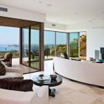 Hilltop-Bridge-House-in-Malibu-view-from-inside Malibu's View of the Ocean – Find Out New Way for Relaxation - See more at: http://www.homevselectronics.com/malibus-view-of-the-ocean-find-out-new-way-for-relaxation/#more-2712