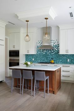 Fish Scale Tile Backsplash - Design photos, ideas and inspiration. Amazing gallery of interior design and decorating ideas of Fish Scale Tile Backsplash in dining rooms, bathrooms, kitchens by elite interior designers. Kitchen Interior, New Kitchen, Kitchen Decor, Kitchen Island, Kitchen Tiles Design, Kitchen Modern, Kitchen Layout, Rustic Kitchen, Bathroom Interior