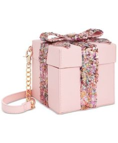 "Betsy Johnson ""Gift Box"" Sequin Crossbody Bag Brand New. Be The Life Of The Party With This Adorable Pink Blush Gift Box Sequin Crossbody! Unique Handbags, Unique Purses, Unique Bags, Cute Purses, Purses And Handbags, Gucci Purses, Pink Handbags, Novelty Bags, Betsey Johnson Bags"