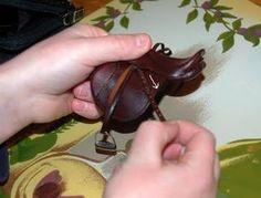 Braymere Custom Saddlery: Tack Tips--adjustable stirrup leathers Toy Horse Stable, Miniature Horse Tack, Stirrup Leathers, Horse Saddles, Horse Halters, Horse Accessories, English Saddle, Horse Crafts, Horse Tips