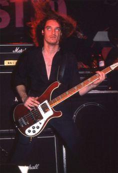 Cliff Burton Metallica.