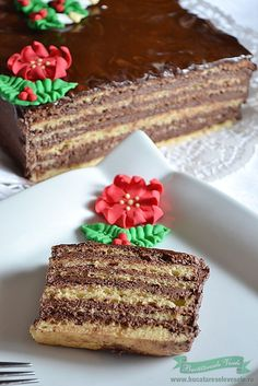 Dobos Torta~My all time hands down most favorite cake in the whole wide world! Hungarian Desserts, Romanian Desserts, Romanian Food, Hungarian Recipes, Easy Cake Recipes, Dessert Recipes, Just Desserts, Delicious Desserts, Kolaci I Torte