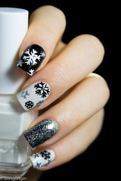 13 Gorgeous & Glittery Snowflake Nail Art Designs for Winter | Cute And Classy Mani Inspiration - Best Fashion Trends You Must Try by Makeup Tutorials at http://makeuptutorials.com/13-gorgeous-glittery-snowflake-nail-art-designs-winter/