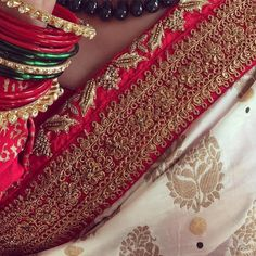 Benaras Embroidery Suits Design, Embroidery Fashion, Hand Embroidery Designs, Zardozi Embroidery, White Saree, Saree Border, Desi Wear, Elegant Saree, Lakme Fashion Week