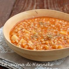 Spelled tomato and potato soup - Hanneke& cuisine Soup Recipes, Cooking Recipes, Healthy Recipes, Healthy Snacks, Italy Food, Low Carbohydrate Diet, Good Foods To Eat, I Love Food, Italian Recipes