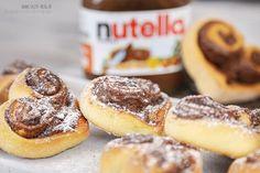 Nutella-Herzen (geht auch mit Mohn Zimt etc....)