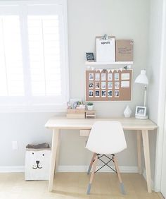 Ideas Bedroom Ideas For Small Rooms For Girls Simple Desk Areas – Modern Home Office Design Bedroom Desk, Small Room Bedroom, Room Ideas Bedroom, Bedroom Simple, Trendy Bedroom, Bedroom Furniture, Bedroom Girls, Dream Furniture, Couple Bedroom