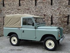 "Land Rover Series 3 88"" 1980 Pastel Green Soft Top Refurbished (JUJ 139W) - Williams Classics"