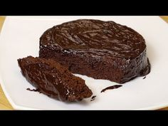 Žiadna múka a cukor! Čokoládový koláč za 5 minút! - YouTube Low Carp, Chocolate Cake, Steak, Cupcakes, Banana, Cookies, Desserts, Recipes, Food