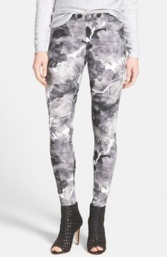 Women's Hue 'Floral Evolution' Leggings