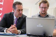 16.9.2013: Heinz-Christian Strache (FPÖ) - mit Peter Draxler (KURIER Online) im Wahlchat