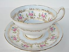 BEAUTIFUL-ROYAL-GRAFTON-TEACUP-AND-SAUCER-PALE-BLUE.jpg (400×300)