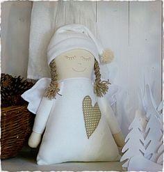 Dobrá víla Berta / Zboží prodejce Nordvind | Fler.cz Christmas Angel Crafts, Christmas Stockings, Cute Sewing Projects, Sewing Crafts, Fabric Dolls, Fabric Art, Diy Angels, Kit Bebe, Craft Show Ideas