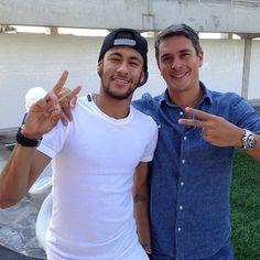 Neymar jr Brazilian Soccer Players, World Cup 2014, 22 Years Old, Neymar Jr, Fc Barcelona, Messi, Hero, Instagram Posts, Babe
