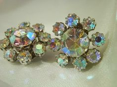 Rhinestone Jewelry, Vintage Rhinestone, Vintage Earrings, Glass Earrings, Glass Jewelry, Clip On Earrings, Vintage Costume Jewelry, Vintage Costumes, Vintage Jewelry