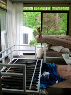 Simple daybed to make