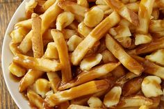 Dip Recipes, Cooking Recipes, Poutine Recipe, Food Goals, French Food, French Fries, Junk Food, Food And Drink, Easy Meals