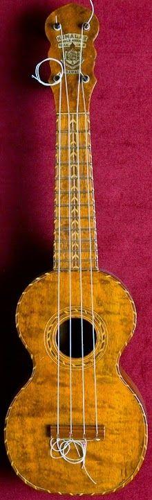 Kumalae type 25 deluxe Soprano #LardysUkuleleOfTheDay ~ https://www.pinterest.com/lardyfatboy/lardys-ukulele-of-the-day/ ~ but the strings need trimming