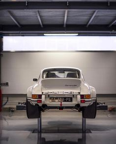 """utwo: """" Carrera RSR © the cultivated collector """" Porsche Carrera, 1973 Porsche 911, Porsche 911 Turbo, Porsche Classic, Classic Cars, Porsche Sports Car, Porsche Cars, Auto Poster, Vintage Porsche"""