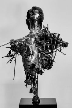 contemporary art steel sculpture by regardt van der meulen