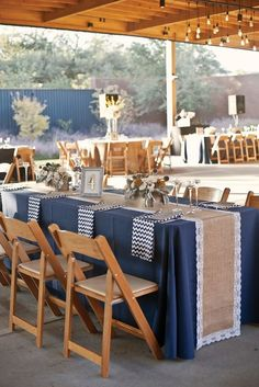 Navy blue casual country wedding reception : Navy blue casual country wedding with burlap runner, rustic spring/fall weddings, wooded weddings, wedding chairs of wood, yellow and white centerpieces of flowers. Spring Wedding Colors, Blue Wedding, Trendy Wedding, Vintage Nautical Wedding, Nautical Party, Camo Wedding, Diy Wedding, Wedding Chairs, Wedding Table