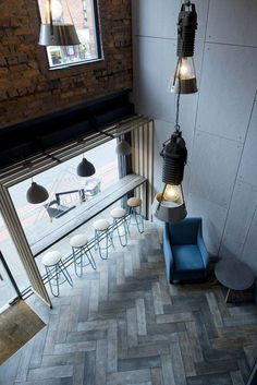 Cafe Seating Ideas Coffee Shops Spaces 15 Ideas For 2019 Cafe Seating, Restaurant Seating, Window Bars, Cafe Concept, Coffee Shop Design, Restaurant Interior Design, Design Furniture, Coffee Cafe, Commercial Design
