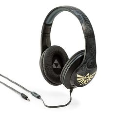 A rich, detailed audio experience with Hylian style, these over-the-ear headphones feature a Twilight Princess design with shiny gold Hylian crests, comfy padded ear cushions, an adjustable headband, and a built-in microphone for taking calls.
