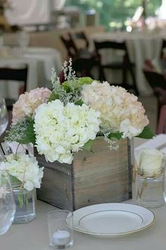 Perfect way to box up rustic flowers