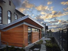 Bertschi School Living Science Building / KMD Architects | ArchDaily