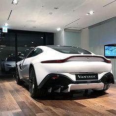 "368 Likes, 1 Comments - Aston Martin Motorsports (@am_motorsports) on Instagram: ""Vantage in white Photo by @prestige.intl"""