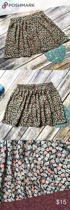 En Creme Boutique Brand Green Floral Skirt  ★ NWT, perfect condition!  ★ This gorgeous green floral skirt from boutique brand En Créme is an absolute must have! Get it now! Perfect for summer and festival season. ★ 100% Polyester. ★ NO TRADES!  ★ NO MODELING!  ★ YES REASONABLE OFFERS! ✅ ★ Measurements available by request and as soon as possible!  En Créme Skirts