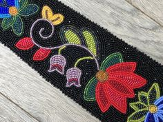 Native American Anishinaabe Ojibwe Cree Metis Woodland large beaded tie that is perfect for your next formal event. Size 11 Czech seed beads on wool. Native Beading Patterns, Bead Embroidery Patterns, Beadwork Designs, Beaded Embroidery, Indian Beadwork, Native Beadwork, Native American Beadwork, Native American Regalia, Brick Stitch Earrings