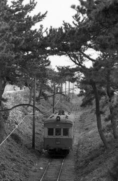 銚子電気鉄道 1975.11.12 デハ301 のビューゲル搭載時期の屋上が見える貴重な一枚