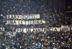 #Striscione dei tifosi laziali in @officialsslazio-@OfficialASRoma durante il campionato di calcio @SerieA_TIM 2011-2012