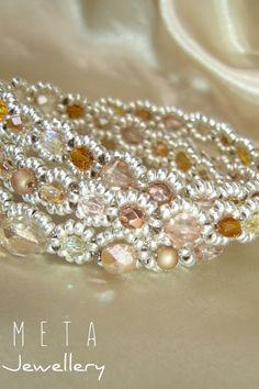 Handmade beaded multistrand bracelet with faceed glass beads Beaded Jewelry, Beaded Bracelets, Glass Beads, Brooch, Handmade, Diy, Crystal Beads, Hand Made, Bricolage