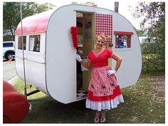 a cute and curvy... caravan