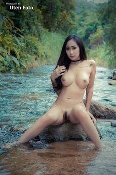 Jolies filles nus