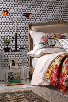 Wallpaper in Bedroom - Interior Design and Decoratong Awesome Bedrooms, Beautiful Bedrooms, Dream Bedroom, Master Bedroom, Cheap Bed Sheets, How To Make Bed, Luxury Bedding, Decoration, Interior Design