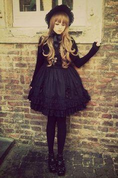【黒ロリ】黒に魅了されたお姫様スタイル★ | KawaCura -かわきゅら-
