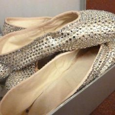 Royal New Zealand Ballet pointe shoes for Cinderella. --  These make me wish to be Cinderella, way more than Prince Charming ever did.