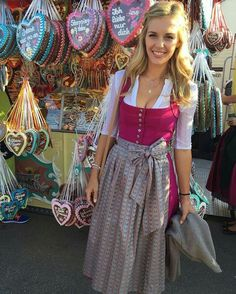 Dirndl Dress, Medieval Dress, Sweet Dress, Classy Women, Vintage Stuff, Traditional Dresses, Blondes, Night Out, Germany