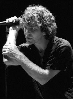 "Eddie Vedder.. Black and White.. probably singing ""Black"""
