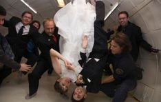 2. In zero gravity | Top 9 Most Bizarre Places to Get Married | Brain Berries Places To Get Married, Got Married, Getting Married, Kiss And Romance, Groom Wear, Tie The Knots, Newlyweds, Funeral, Special Events