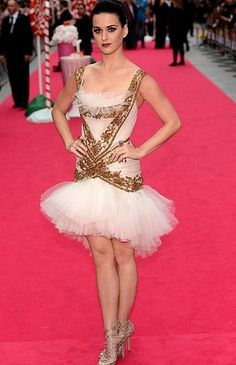 """Katy Perry wore a Marchesa dress to the """"Katy Perry: Part of Me"""" Premiere in London, England."""