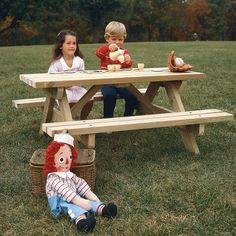 Kid's Picnic Table : Large-format Paper Woodworking Plan from WOOD Magazine Essential Woodworking Tools, Antique Woodworking Tools, Woodworking For Kids, Woodworking Patterns, Woodworking Furniture, Teds Woodworking, Kids Furniture, Woodworking Crafts, Grizzly Woodworking