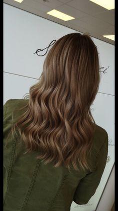 Cold brown curls Brown Curls, Trends, Cold, Long Hair Styles, Beauty, Shaving Machine, Barbershop, Hairdressers, Dressmaking