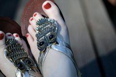 DIY Shoe Refashion: DIY anthro owl sandals on the cheap DIY Shoes DIY Refashion