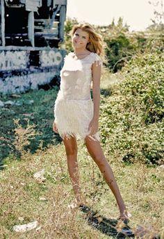 Beyaz Pudra Püsküllü Elbise  Designroom